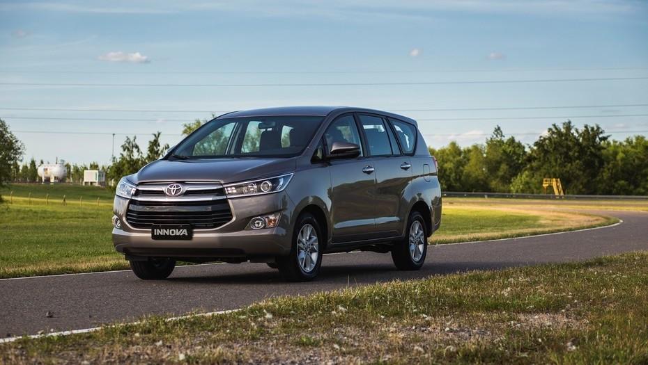 Toyota Innova: una alternativa para familias muy numerosas