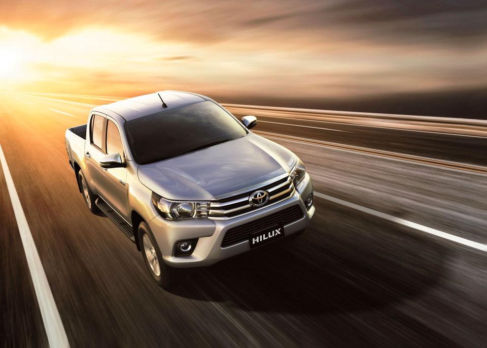 Toyota incorpora nuevas versiones 4x2 a la gama Hilux