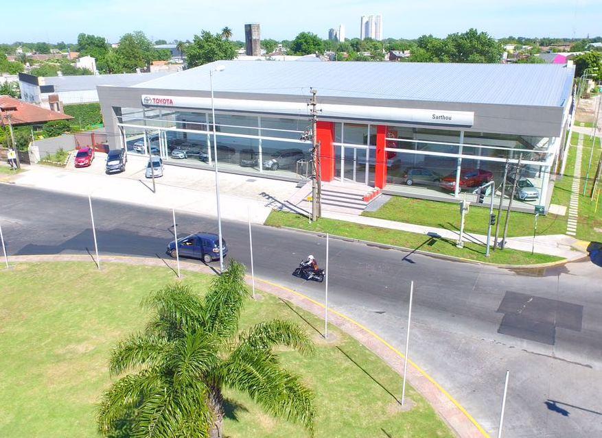 Toyota Sarthou inauguró nuevas instalaciones del concesionario…