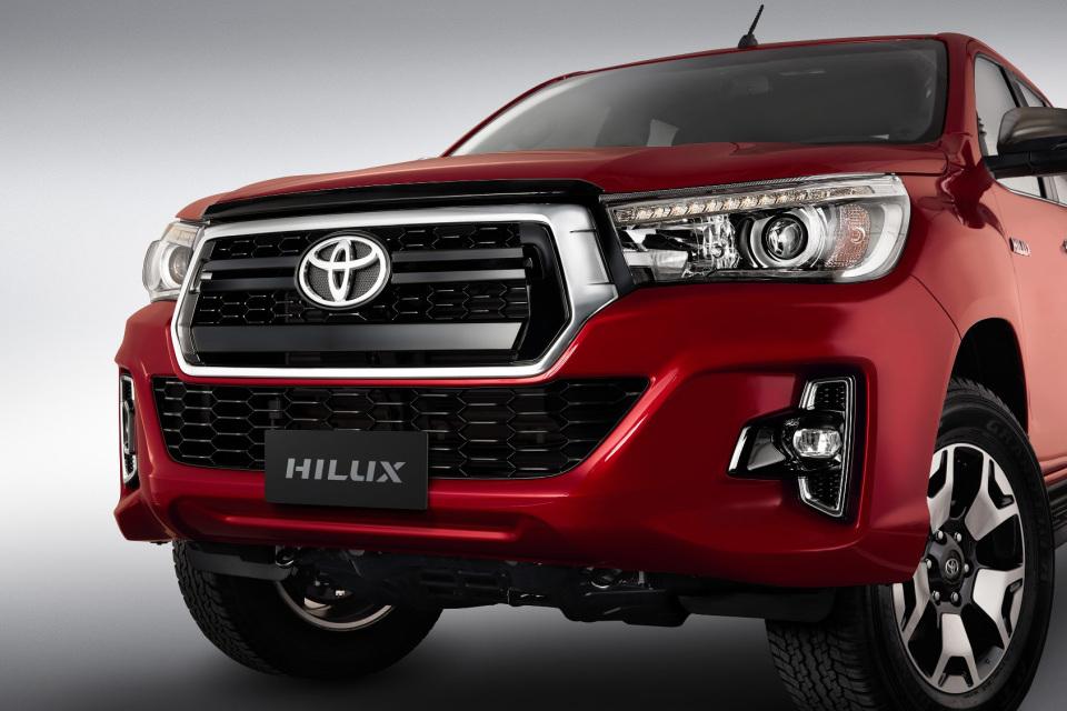 Toyota Hilux se actualiza para continuar liderando…