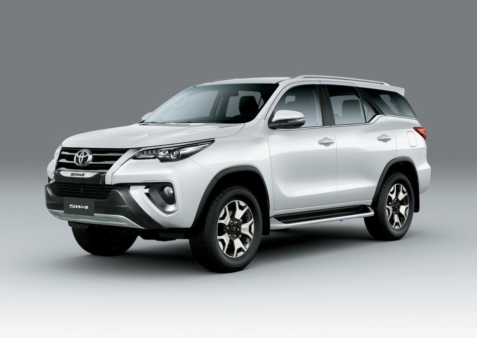 Toyota SW4 estrena una nueva versión tope de gama:…
