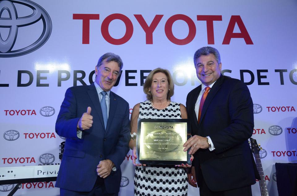Toyota Argentina distinguió a sus mejores proveedores…