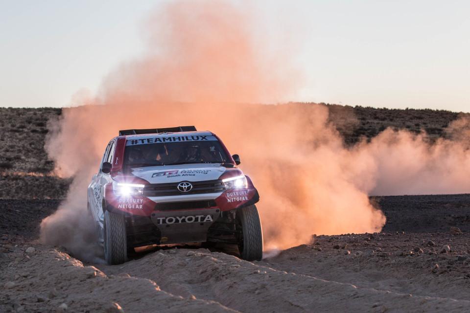 Toyota enfrenta el desafío de un nuevo Rally Dakar