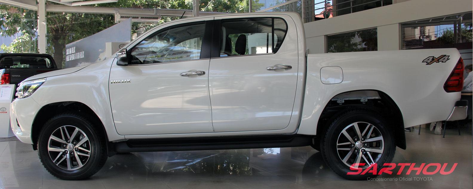 Toyota Hilux - Concesionario Sarthou