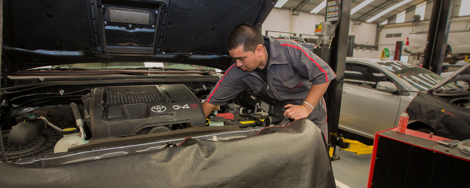Toyota Sarthou Servicio Postventa